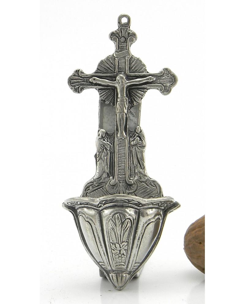 Pila de agua bendita crucificado, Pewter