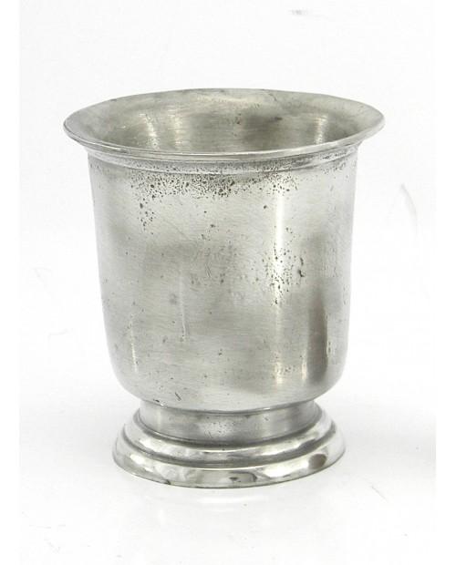 Bicchiere ,con base antico, in peltro
