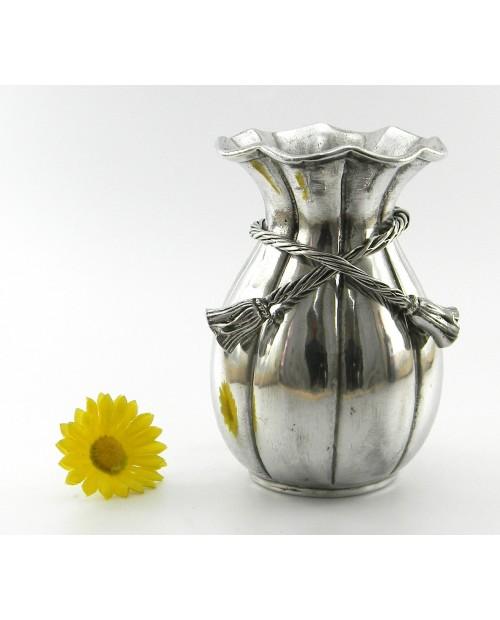 Vase, roses buds, Pewter