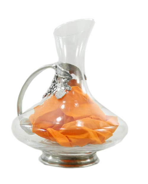 Decanter with pewter strip grapes